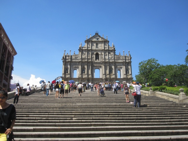 collapsed church in Macau