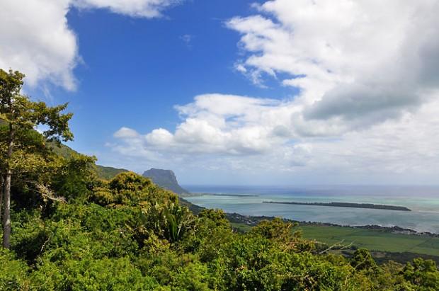 scenery in Mauritius