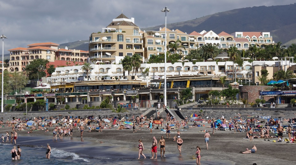 All these people agree that Costa Adeje is one of the best beaches on Tenerife ... will you join them?