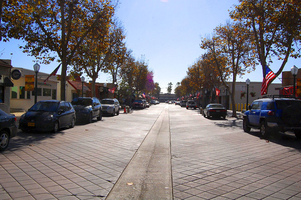 Garden Grove is a much more relaxing place to be than LA ... photo by CC user Justin.skoda on wikimedia