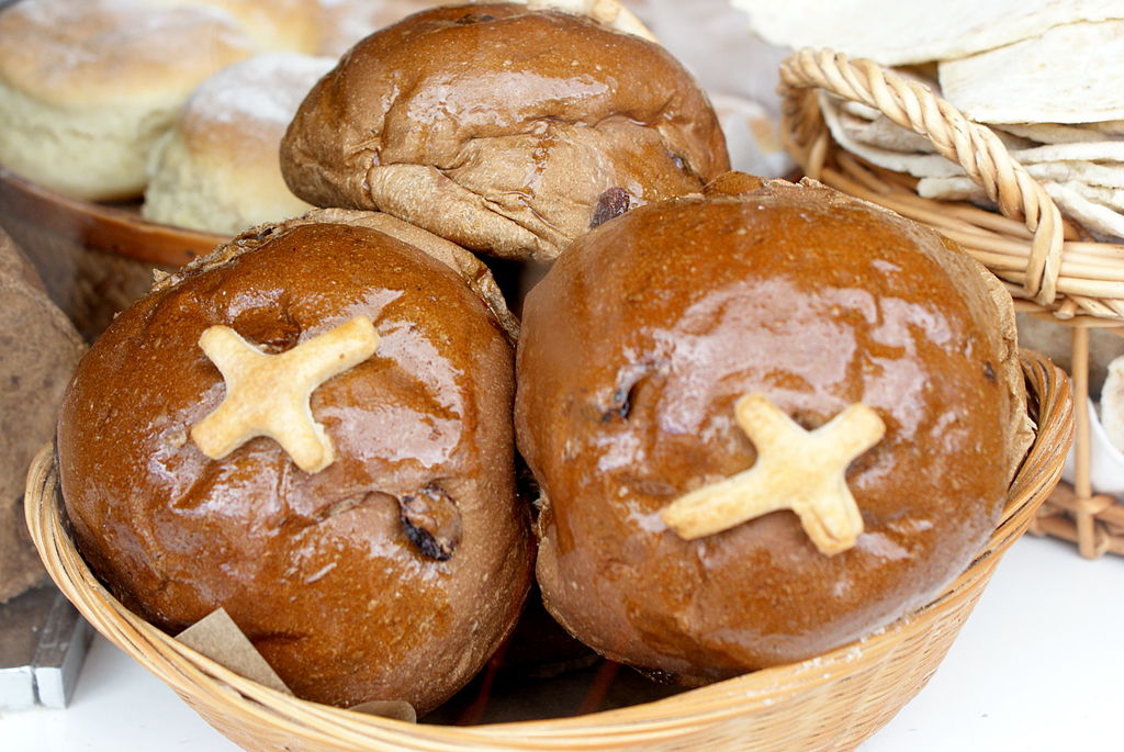 Hot Cross Buns are one of the best Easter foods in Europe ... photo by CC user 32831414@N07 on Flickr